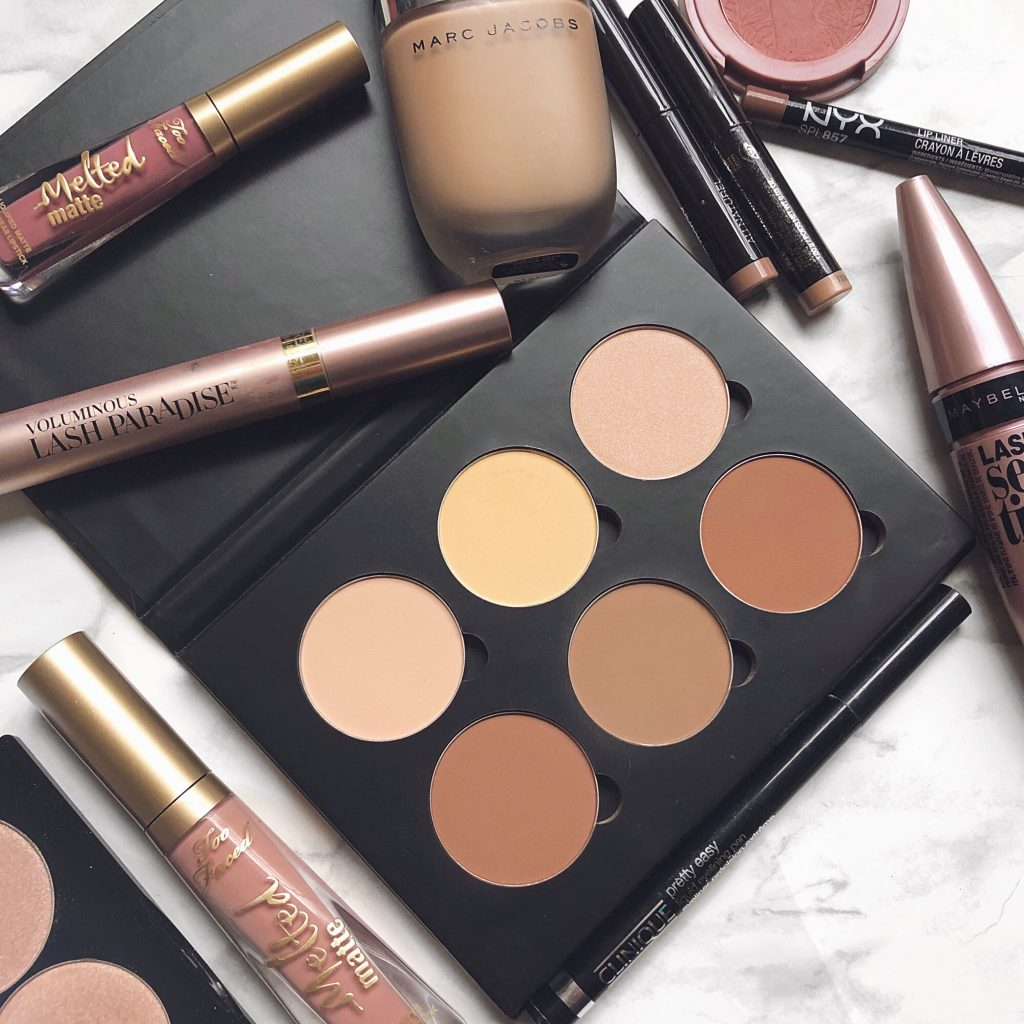Whether you're a beginner with no experience or you're a long-time makeup wearer, here are a few essential tips for flawless makeup application, ...
